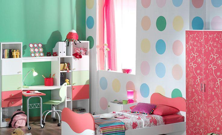 Τοίχος πουά. Ζωγραφική σε δωμάτιο κοριτσιού που ταιριάζει με όλα τα παστέλ χρώματα. Δείτε περισσότερες ιδέες διακόσμησης για το παιδικό δωμάτιο στη σελίδα μας  www.artease.gr