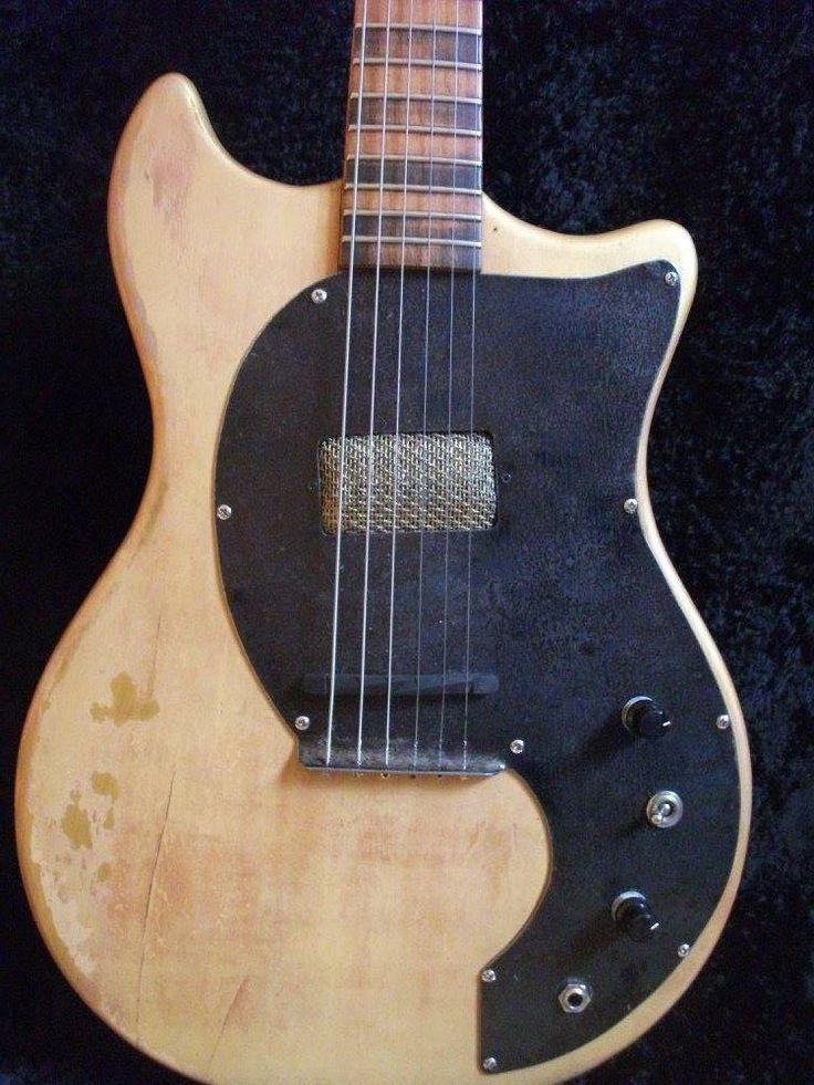 Golden Age Electric Guitar. Colombani Guitares