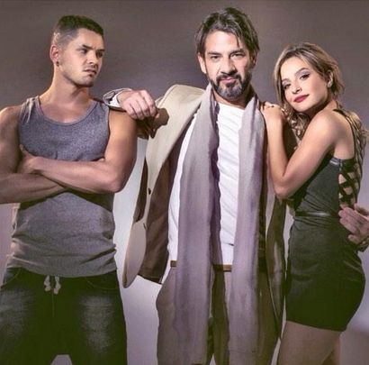 Hache, Juana y Félix