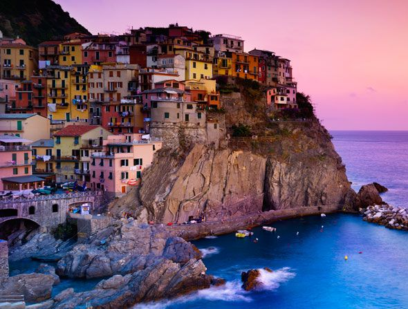 Nine fine: colourful cities gallery. Cinque, Italy