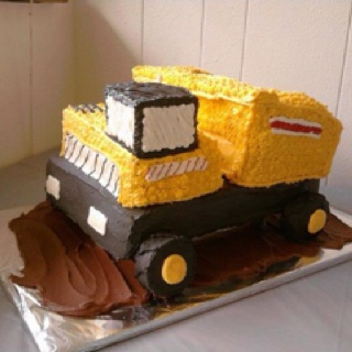 Dump truck cake - side view