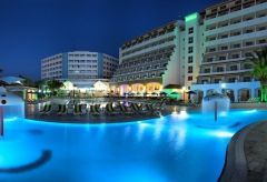 Batıhan Beach Resort http://www.startatil.com/aydin-kusadasi-otelleri