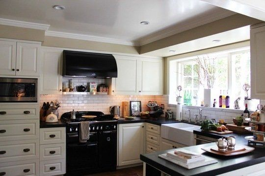 Black Accents in the Kitchen