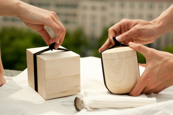 komida. lunchbox set for urban nomads. by Janka Csernák, via Behance