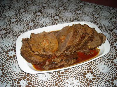 En Cuba, Boliche Mechado es un pedazo de carne de res, del corte llamado Eye Round Roast (Peceto en Argentina, Cuete en Trozo en Mexico, Red...
