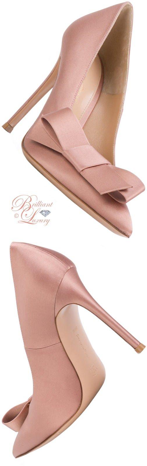Brilliant Luxury ♦ Gianvito Rossi Kyoto bow pumps