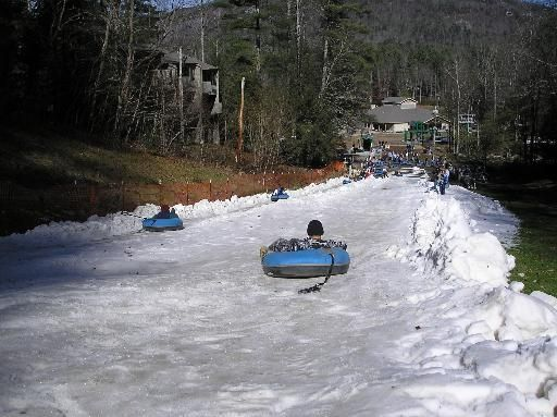 This is a list of the best spots in North Carolina to take your kids snow tubing listed in alphabetical order.