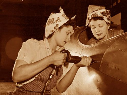 rosie the riveter 1940's | rosie-riveter-a-riveting-!