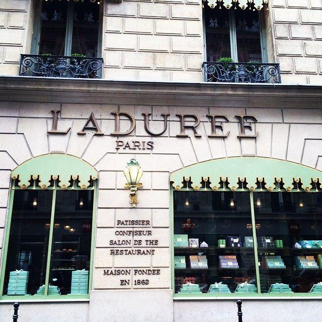#laduree #paris Instagram @ashleesarajones follow now!