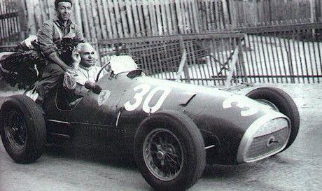 #30 Piero Taruffi (I) - Ferrari 500 (Ferrari 4) 1 (2) Scuderia Ferrari