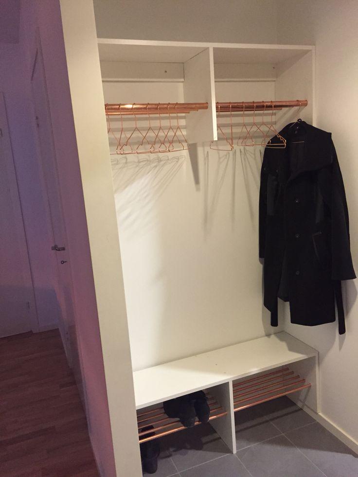 Coatrack, copper, copper pipe, pipe, DIY, wood, shoe, shoe rack, coat, coat rack, hall, hallway, interior, furniture, house doctor, hay,