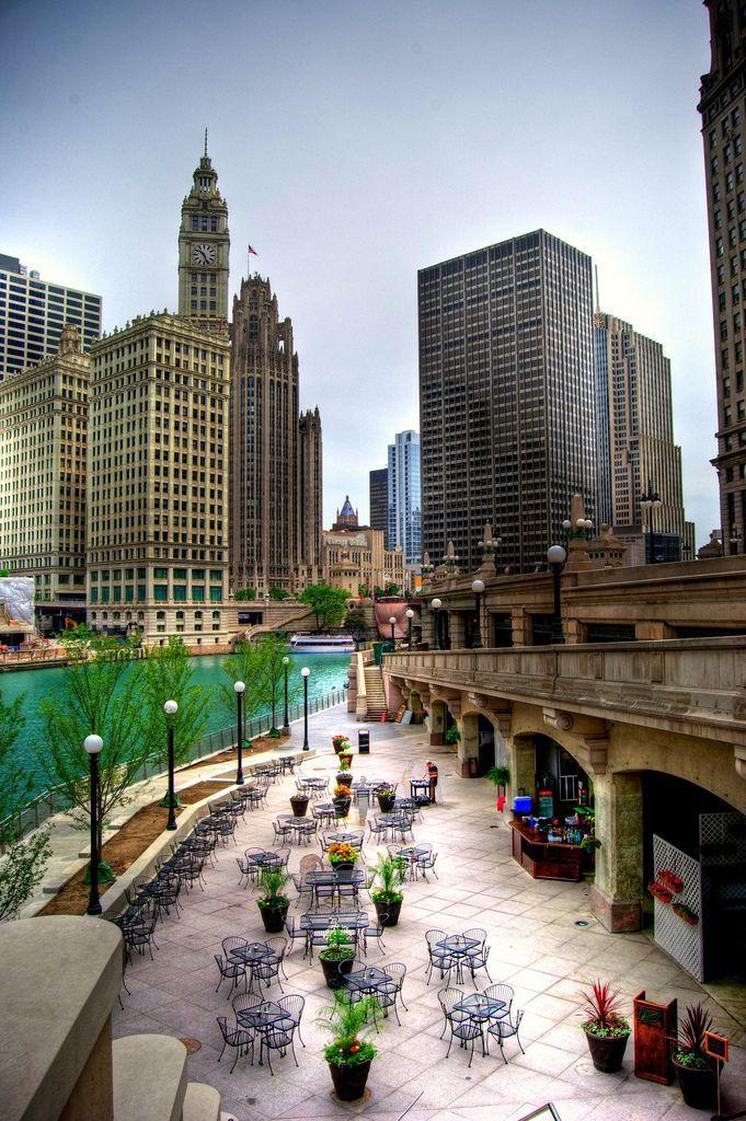 Chicago Riverwalk Chicago Riverwalk Beautiful Places Chicago Travel