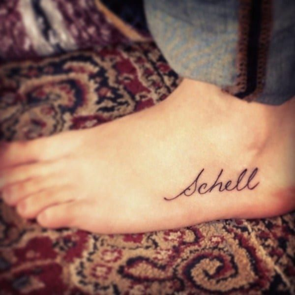 Want a Name Tattoo? 80 of the Best Designs for Men and Women