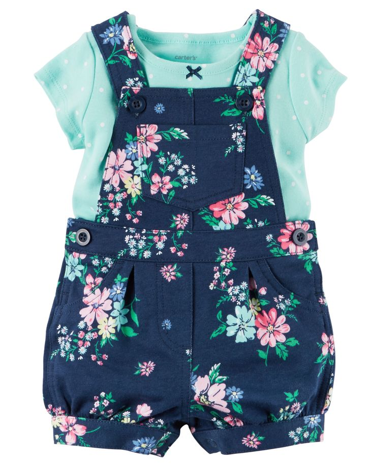 Crafted in cozy French terry, these floral shortalls are made to be played in! A sweet satin bow adorns the coordinating soft cotton tee.