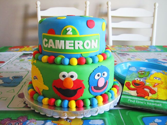 sesame street cakes and cupcakes