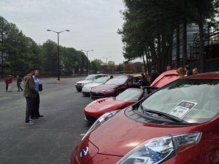 Cool Toyota Rav4 2017: Electric Vehicles- Nissan Leaf, Tesla Roadster, Tesla Model S, Chevy Volt, Toyot... Check more at http://24auto.tk/toyota/toyota-rav4-2017-electric-vehicles-nissan-leaf-tesla-roadster-tesla-model-s-chevy-volt-toyot/