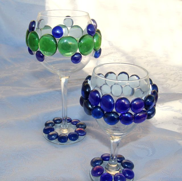 Do It Yourself Crafts for Your Seder | Joy of Kosher with Jamie Geller: Cup, Jewish Holiday, Bejeweled Wine, Jewish Crafts, Kids Crafts, Wine Glasses, Passover Craft, Craft Ideas