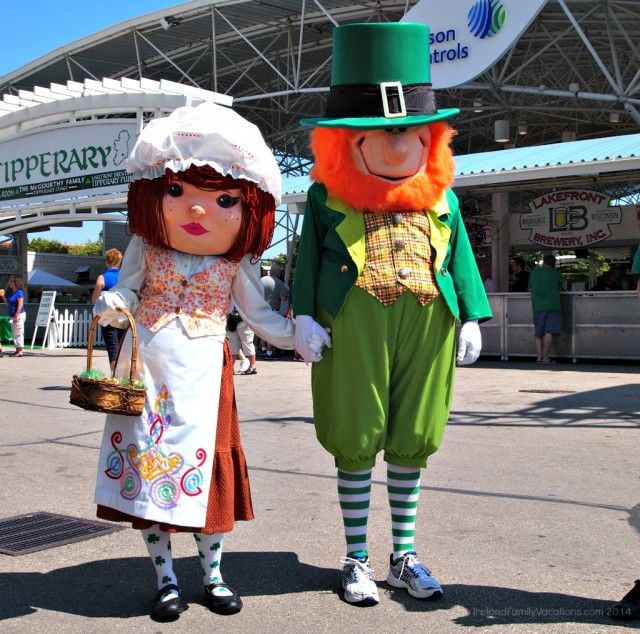 The largest Irish Festival in the world is Milwaukee Irish Fest ( @mkeirishfest ), so you'll want a few tips before you go!