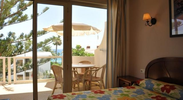 Apartamentos Montemayor - 1 Star #Apartments - $70 - #Hotels #Spain #PlayadelIngles http://www.justigo.co.in/hotels/spain/playa-del-ingles/montemayor_15989.html
