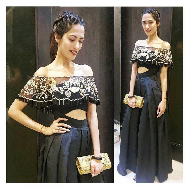 Our Creative Director Mahima wearing our scalloped tassel off shoulder cape n high convex cut dividers ! #stylediaries . . . #mahimamahajan #india #indian #indianbridal #fashion #wedding #indianwedding #indianbride #couture #sexyback #metallic #wiw#girls #ootd #delhi #mumbai #bangkok #cape #skirt #offshoulder #lehenga #blouse #bustier #saree #stylefile #fashionweek #weddings