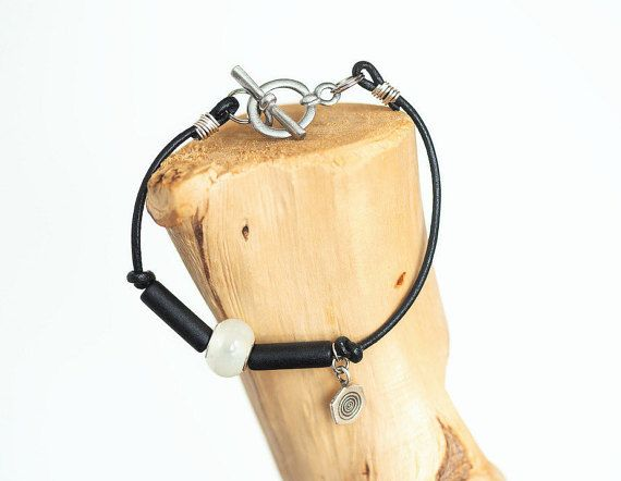 White Lampwork Beaded  Bracelet  Black by Wildbeautyjewelry