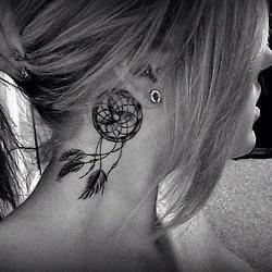 I really like this tatto...do I dare?! dream dreamcatcher tatts tattoos dreamcatchertattoos