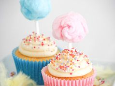 Cotton candy toppers in Decoration stuff for cupcakes and muffins