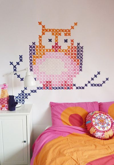 DIY cross-stich wall painting (eline pellinkhof) washi tape room wall