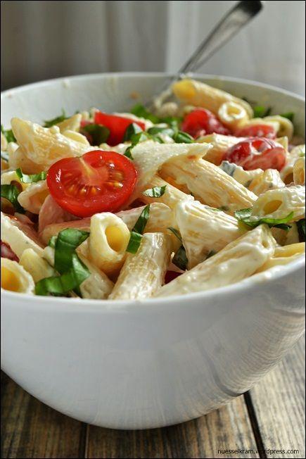 Grillst du schon oder frierst du noch? – Nudelsalat Italia