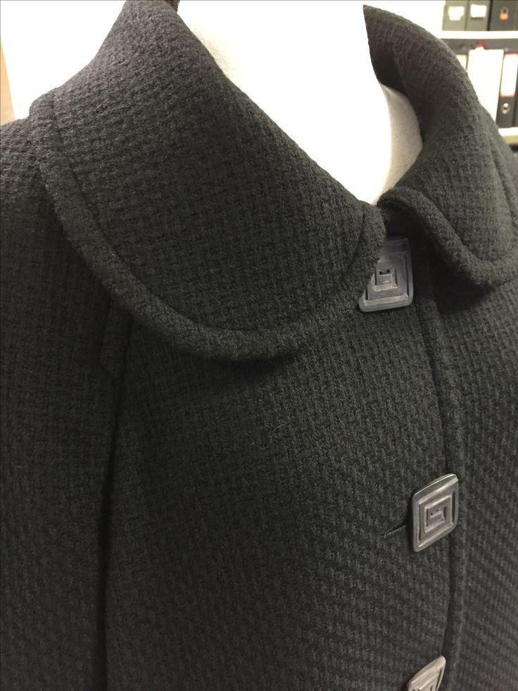 Reliefbyjunker.dk Coat in black wool.