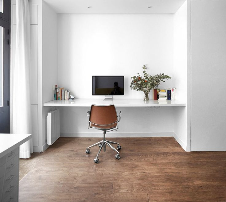 Studio Pan has transformed this abandoned beauty salon of late 19th century into a versatile space. Now this triplex is used both as office and as pied-à-terre for the owners. The project includes STUA Gas swivel chair for the work areas. GAS: www.stua.com/design/gas-swivel