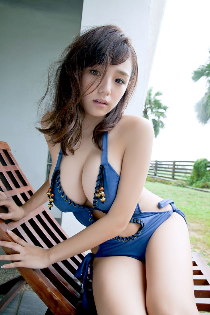 japanese paipan girls 3 Bomb.tv photo shoot of hot Japanese idol Ai Shinozaki 篠崎愛. You can find  more pics of Ai Shinozaki in her Red Flava link.