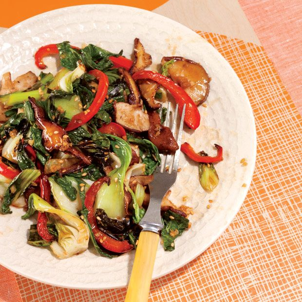 Baby bok choi with shiitake mushrooms and red bell peppers. Get the recipe here!  http://blog.womenshealthmag.com/dish/baby-bok-choy-with-shiitake-mushrooms-and-red-bell-peppers/?cm_mmc=Pinterest-_-WomensHealth-_-Content-Dish-_-BokChoiMusrooms
