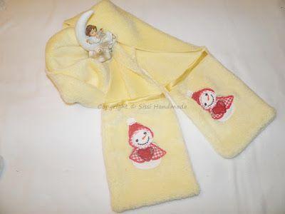 Sciarpa in pile peluche realizzata a mano con tasche per le mani o piccoli oggetti