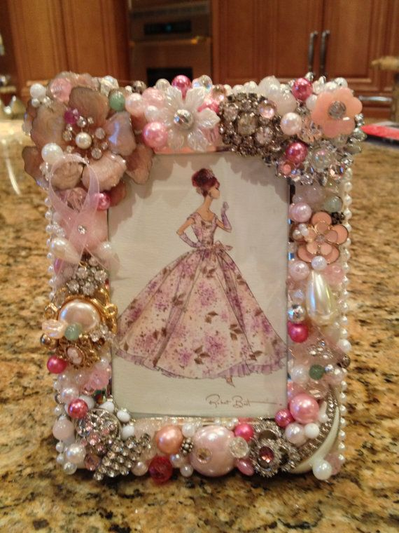 I'm going to create a pretty frame like this for the girls and then put a picture of themselves all dressed up in it!