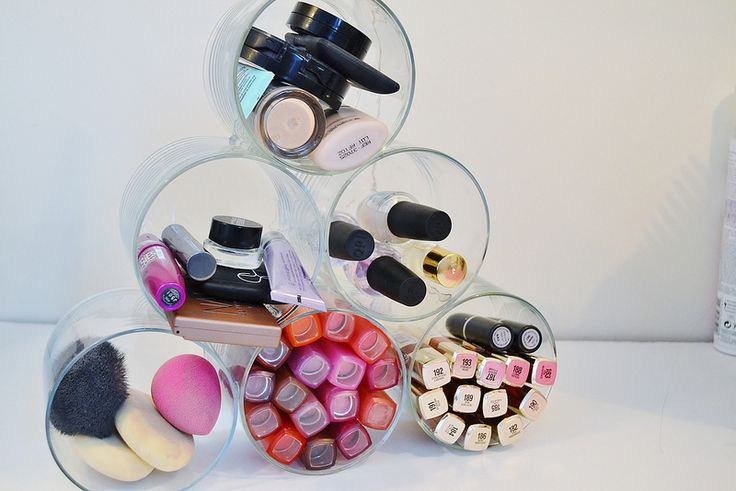 Repurpose Old Candle Jars into a Makeup Organizer