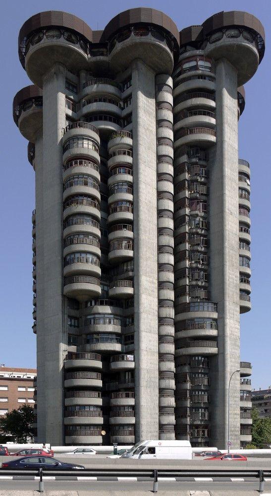 Edificio Torres Blancas.
