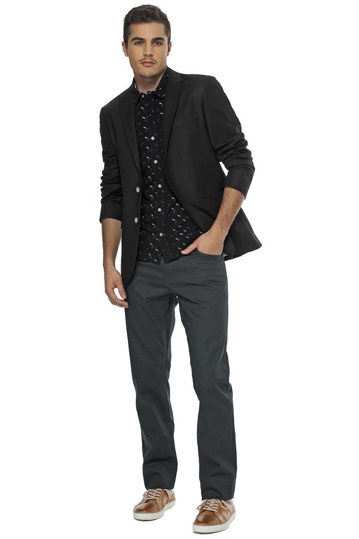 Veston ajusté et chemise de piqué imprimée / Our fitted blazer paired with our printed pique shirt