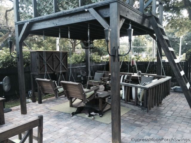 The Outdoor Furniture Featured Here Has A Modern Look With