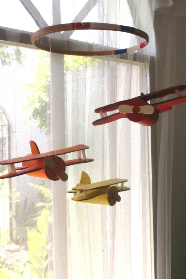 Summer project! Make a vintage plane mobile from toilet paper tubes - Yahoo! She Philippines