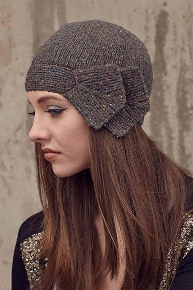 Bow and Arrow Cloche Hat Knitting Pattern | Cloche Hat Knitting Patterns, many free knitting patterns at http://intheloopknitting.com/free-cloche-hat-knitting-patterns/
