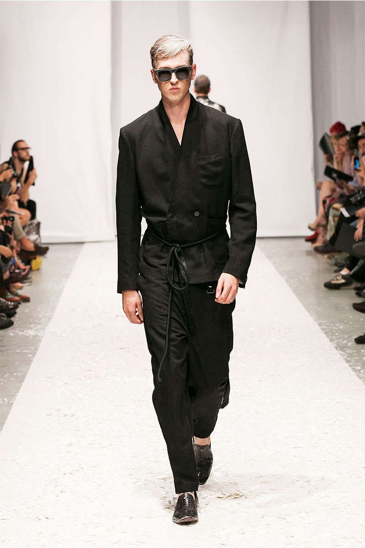 Hood by Air Spring/Summer 2014 - The Hood by Air Spring/Summer 2014 collection took to the runway stage during New York Fashion Week. The striking streetwear presentation left audi...