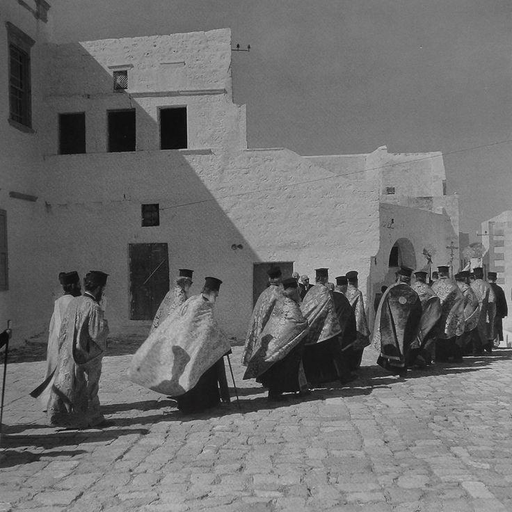Litany, Patmos island, 1950-55. Photo by Voula Papaioannou Benaki Museum Photographic Archives