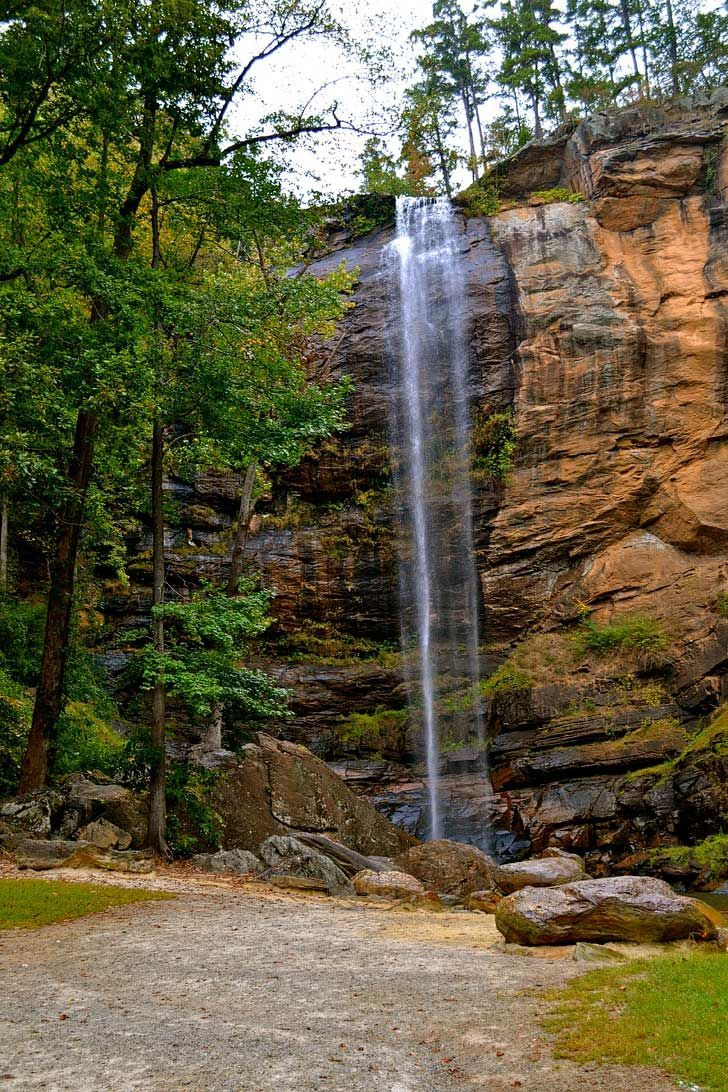 Toccoa Falls is one of the highest cascades east of the Mississippi River at 186 feet tall. It is actually on the Toccoa Falls College campus but the falls are secluded in a separate area // localadventurer.com