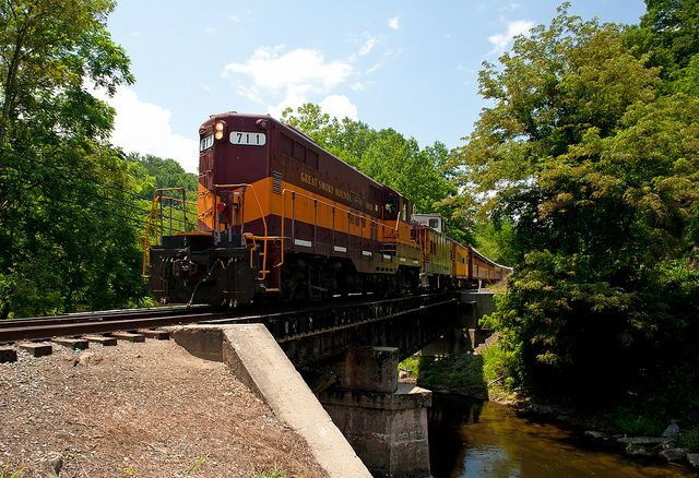Want to ride on a historic or unique train through great scenery without breaking the bank or spending a whole week doing it? Here's are 7 great choices for affordable and memorable train rides in the USA.