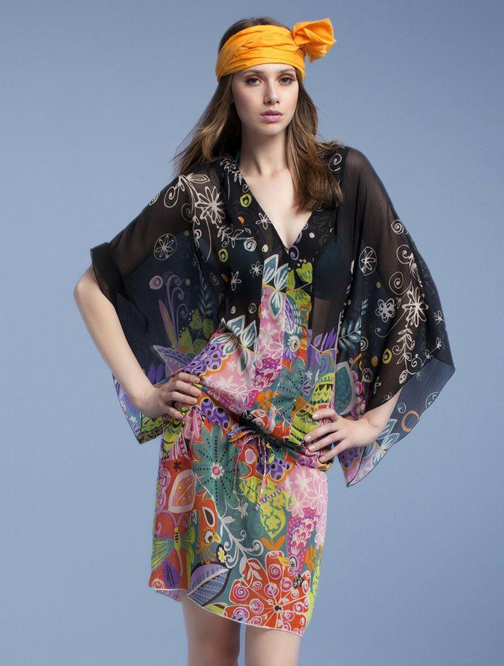 modern hippie look. For the BEST Bohemian Fashion Trends FOLLOW https://www.pinterest.com/happygolicky/the-best-boho-chic-fashion-bohemian-jewelry-gypsy-/ now