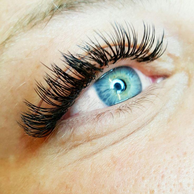 2d flat lashes