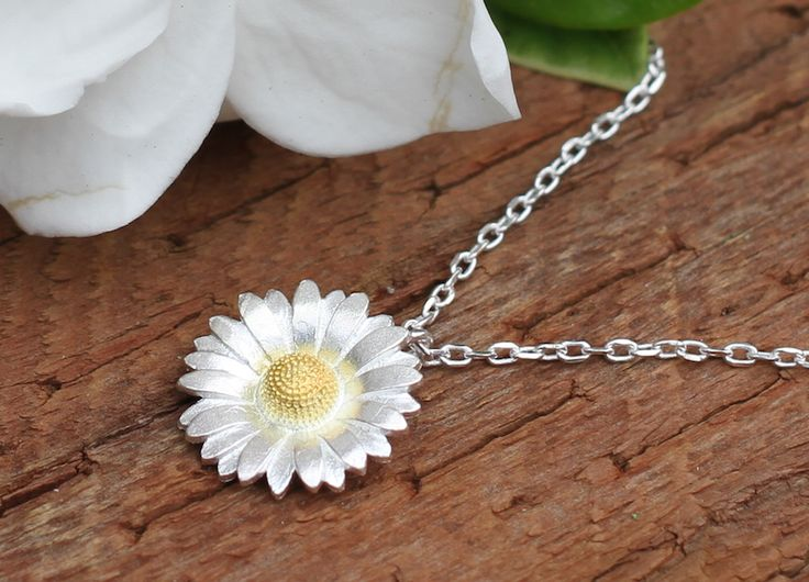 Sunflower Daisy Charm Flower Pendant 925 Sterling Silver, Vintage and Antique Jewellery. Beautiful Sunflower Necklace