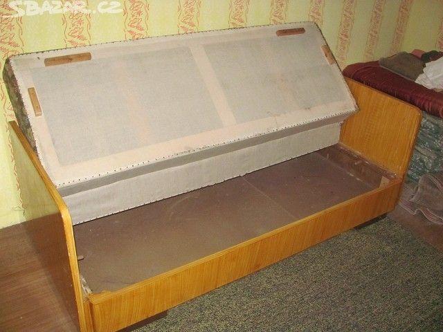 gauč - obrázek číslo 2