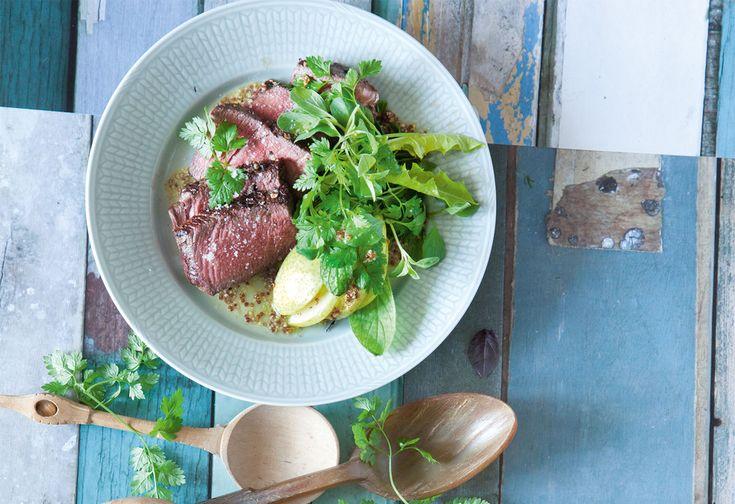 Rindslungenbraten mit Löwenzahn- Borretsch-Salat, Birne und Senfdressing